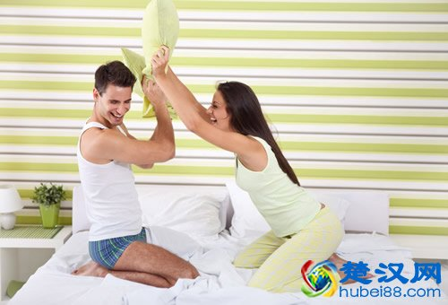 夫妻性生活多久一次好 正常人啪啪能多久一次