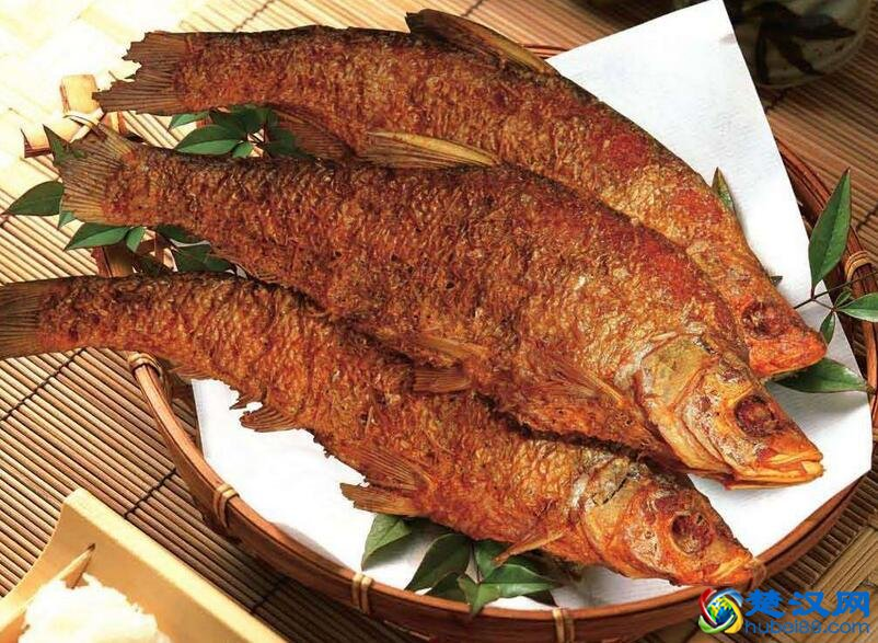 燕厦熏鱼烤做法 燕厦熏鱼烤营养价值及口感介绍