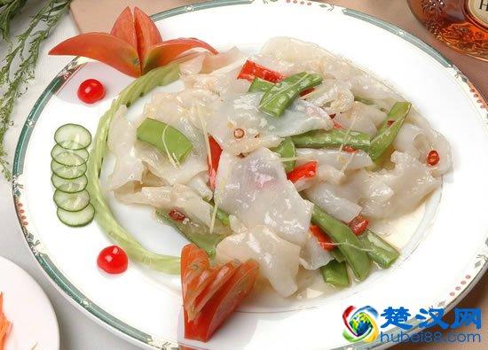 石首鸡茸鱼肚金贵的江中鲜味 石首鸡茸鱼肚的做法介绍