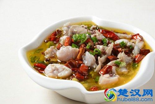 尝一道荆楚农家菜 荆州水煮财鱼的做法
