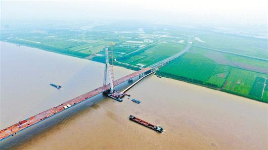 沌口长江公路大桥明天合龙 武汉西四环将年底通车