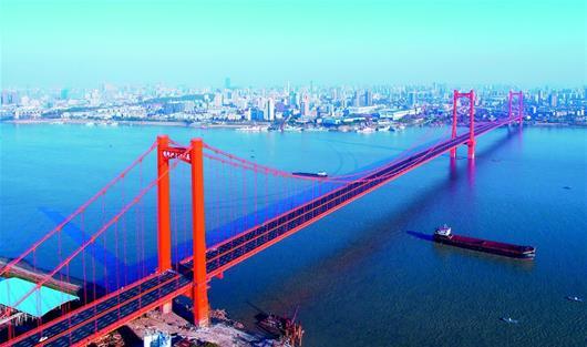 五年间 武汉新添4座长江大桥两条过江隧道